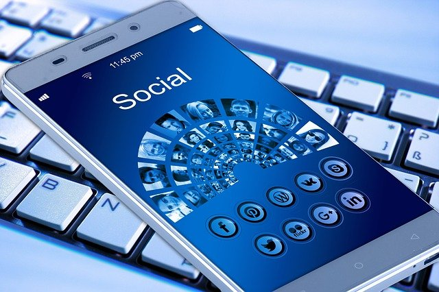 Geld verdienen met social media? Lees hier hoe je dat doet!